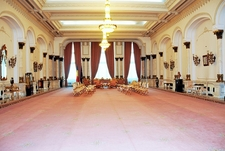 Palace Of The Parliament In Bucharest - Magnificent Room