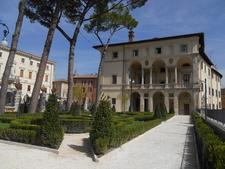 Palazzo Vincentini Giardini