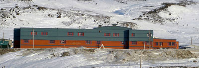 Pangnirtung  School