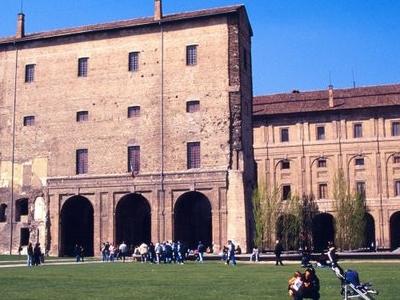 Parma  0 2