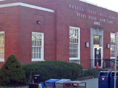 Pearl  River Post Office