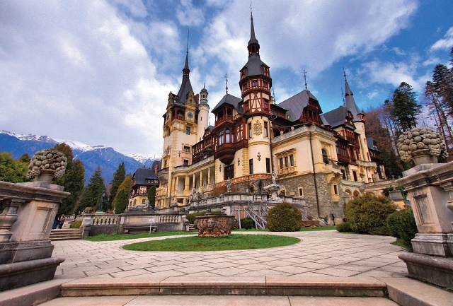 Day Trip to Visit Peles Castle And Dracula Castle for 1 - 3 Pax Photos