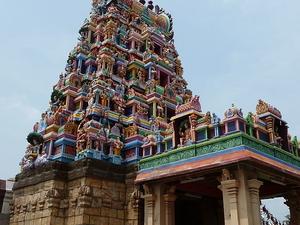 Perur Templo