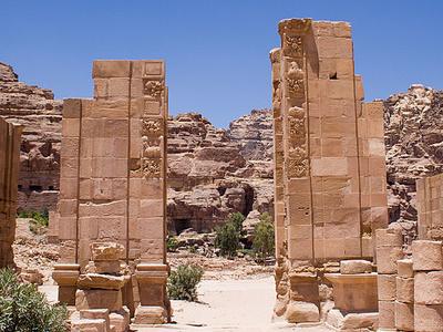 Petra Roman Gate