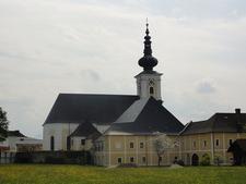 Pfarrhof Mit Pfarrkirche Vorchdorf, Austria