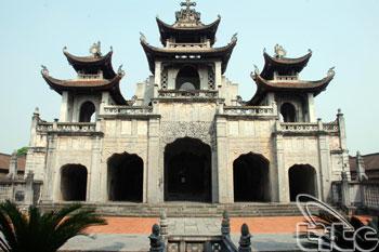 Phat Diem Cathedral02
