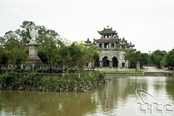 Phat Diem Cathedral03