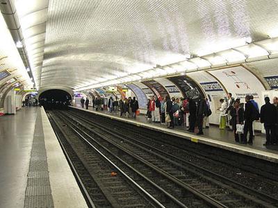 Platforms At Robespierre