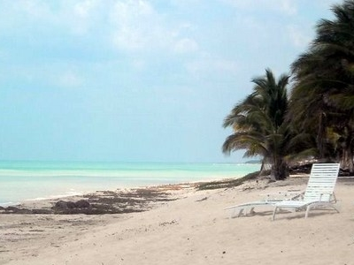 Chenkán Beach