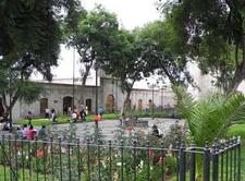 Plaza San Francisco - Arequipa