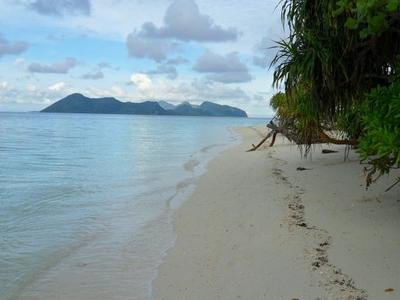 Pom Pom Island Beach