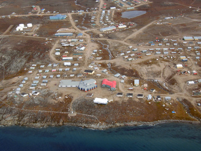 Pond Inlet In 2006