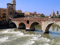 Puente de Piedra (Verona)