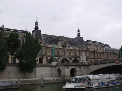 Port Du Louvre - Paris