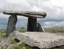 Poulnabrone - Burren - County Clare - Ireland