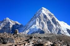Pumo Ri - Nepal-Tibet Himalayas