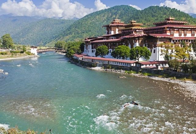 Across Bhutan 4 Nights 5 Days Photos