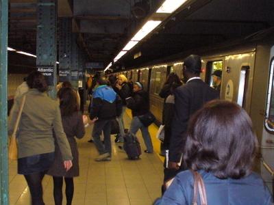 BMT Fourth Avenue Line Platforms