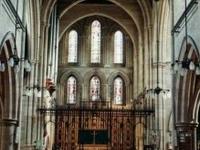 San Miguel y la Iglesia de Todos los Ángeles