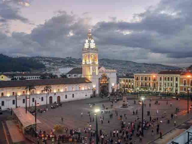 Quito City Tour, Teleferico with Mitad del Mundo Photos