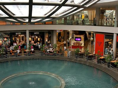 Rain Oculus - Marina Bay Sands Mall