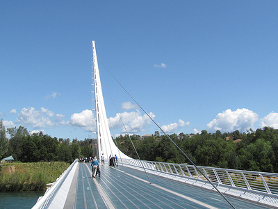 Redding SunDial Bridge CA