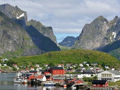 Reine - Moskenesøya Island