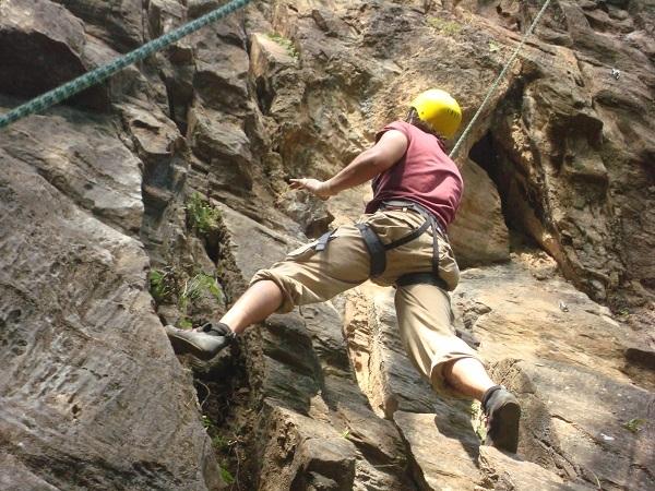 Rock Climbing at Nagarjun Photos
