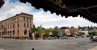 Rosslands Main Street