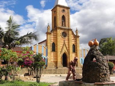 Raquira   Church