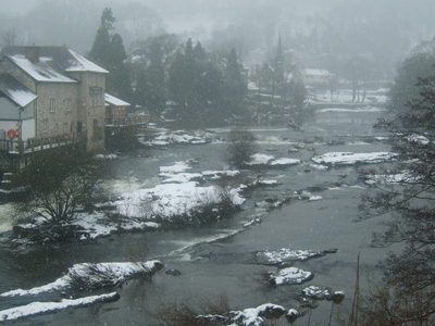 River  Dee In  Snow