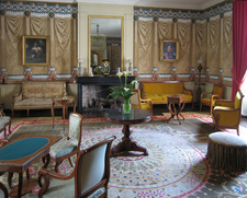 Grand Parlor
