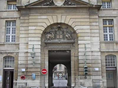 The Mazarin Entrance