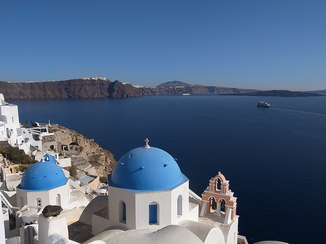 Traditional Santorini Sightseeing Bus Tour Photos