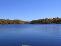 Saunders Lago