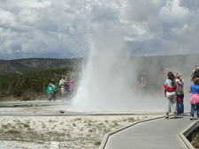 Sawmill Geyser - Yellowstone - USA