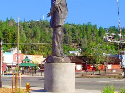 Schuyler  Colfax Statue Colfax