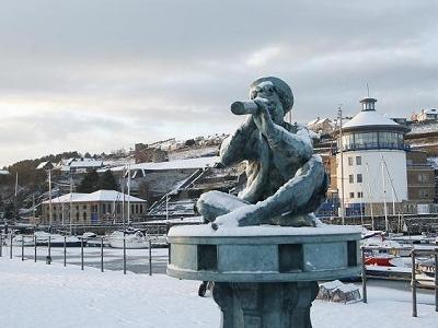Sculpture @ Whitehaven Harbour UK Cumbria