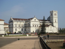 Se Cathedral Side View