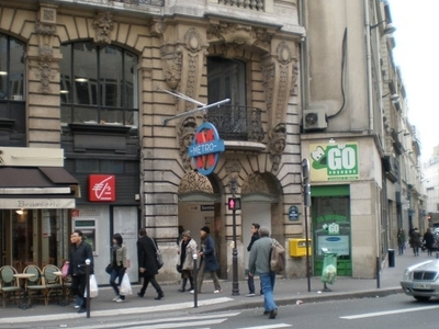 Sentier Metro Station
