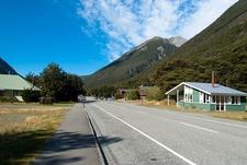 Settlement @ Arthur's Pass - South Island NZ