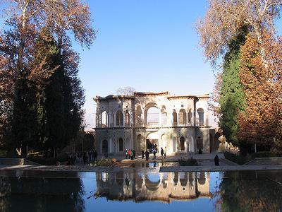Pool Of Shazdeh Garden