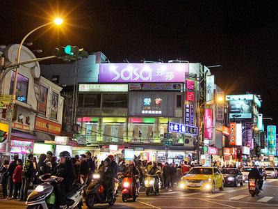 Shilin Night Market - View