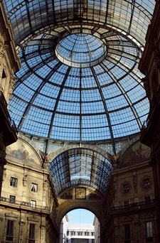 Shops & Coffeehouses In Galleria Vittorio Emanuele II
