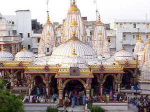 Swaminarayan Ahemdabad Templo