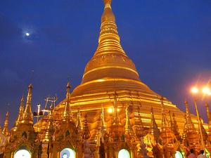 Family 19 Days 18 Nights - Myanmar Photos