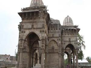 Tomb Sikander Xá