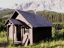 Slide Lake-Otatso Creek Patrol Cabin - Glacier - USA