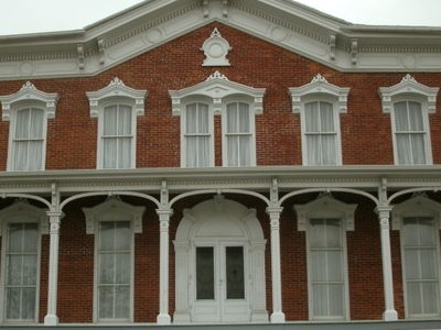 Snowden  House  Front Pic 1
