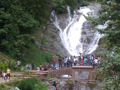 Sorinsim Waterfall - View